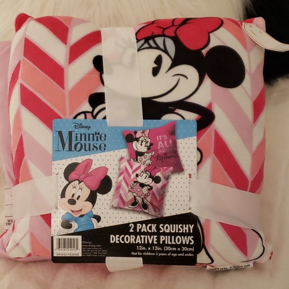 Minnie Mouse 2-Pack Pillows